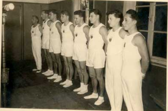 Die Turnriege 1954